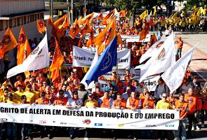"""Manifestação """"Grito de Alerta"""" em Florianópolis. Foto: Fernando Willadino"""
