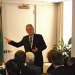 O vice-presidente da Fiesp, José Carlos de Oliveira Lima, fala a empresários americanos em Nova York