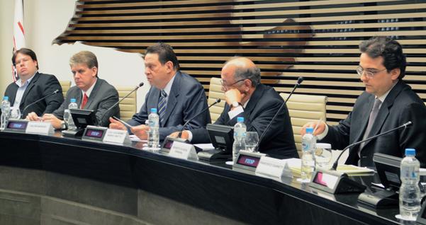 Técnicos da ANP esclarecem na Fiesp novas normas para cadastro de plantas de etanol. Foto: Helcio Nagamine