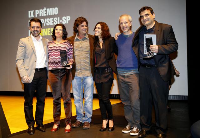 Terceiro da esquerda para a direita, o ator Felipe Camargo destacou a importância da indústria do cinema. Foto: Julia Moraes