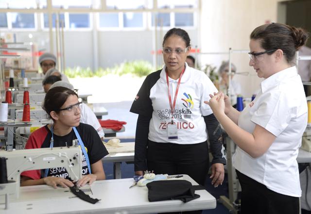 """Fernanda Veiga: """"Meu sonho é trabalhar na indústria. Estudo e me preparo para isso"""". Foto: Everton Amaro/Fiesp"""