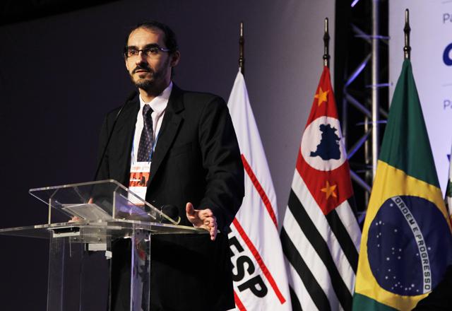 Coelho no Congresso do NJE: oportunidade única de debate. Foto: Ayrton Vignola/Fiesp