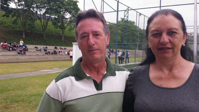 Santos e Maria do Carmo: companhia para o filho no sábado do Sesi-SP em Jacareí. Foto: Isabela Barros/Fiesp