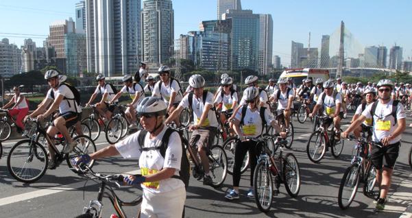 Ciclistas no World Bike Tour 2014. Foto: Ayrton Vignola/Fiesp