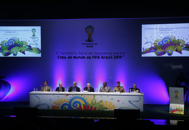 A solenidade de abertura do seminário sobre segurança na Copa do Mundo no Brasil. Foto: Everton Amaro/Fiesp