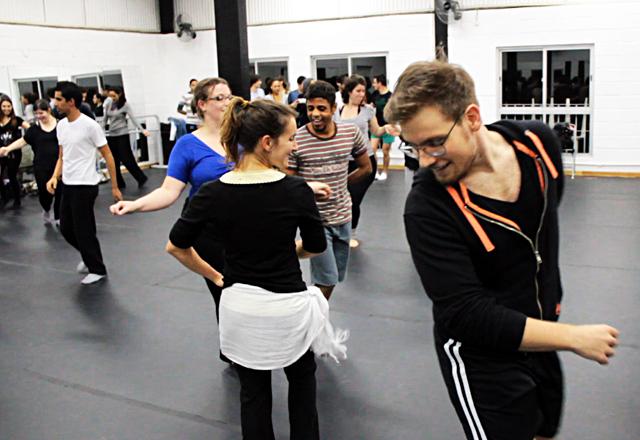 Oficina do curso de formação em teatro musical do Sesi-SP: canto, dança e interpretação. Foto: Arquivo Fiesp
