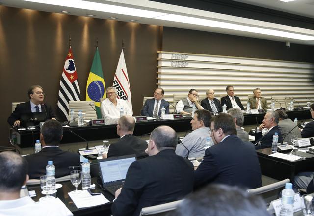 A reunião do Cosec na Fiesp nesta segunda-feira (10/03): fragilidade exagerada. Foto: Tâmna Waqued/Fiesp