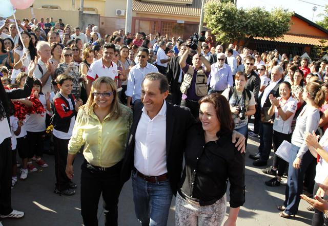 Skaf na inauguração da escola do Sesi-SP em Andradina: indústria dando o exemplo. Foto: Ayrton Vignola/Fiesp