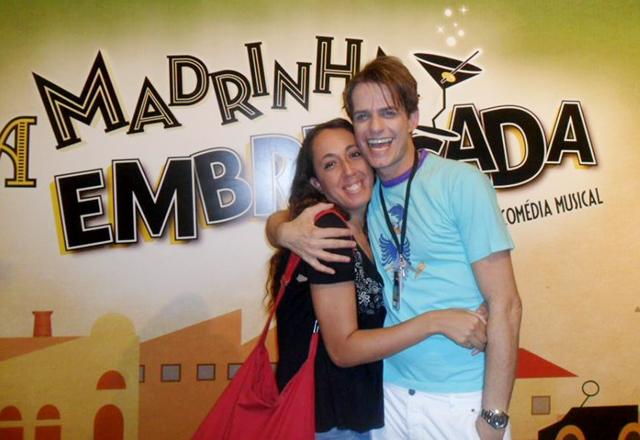 """Priscila ao lado de Cleto Bacicc: """"A Madrinha é um espetáculo especial"""". Foto: Arquivo Pessoal"""