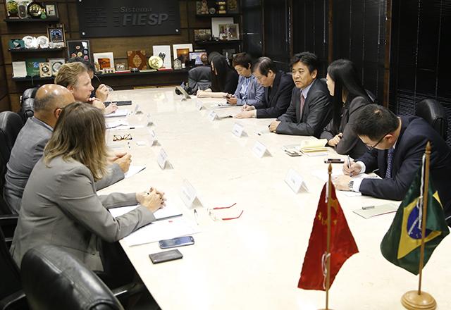 A reunião com os chineses: apoio da Fiesp para uma aproximação maior entre os dois países. Foto: Everton Amaro/Fiesp