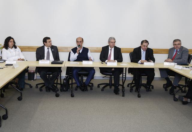 A reunião do Deconcic: saneamento e burocracia em debate. Foto: Everton Amaro/Fiesp