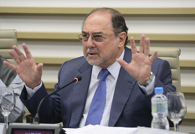 O ex-secretário da Fazenda de São Paulo Andrea Calabi, durante reunião do Cosec