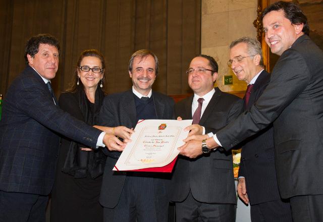 Roberto Kalil Filho recebe homenagem na Câmara dos Vereadores. Foto: Divulgação/Fiesp