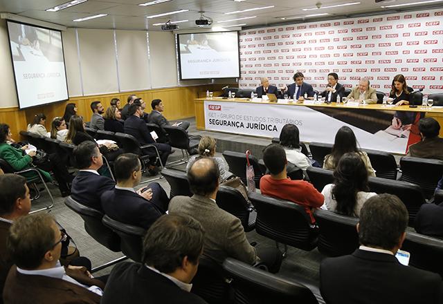 Reunião do Grupo de Estudos Tributários (GET) da Fiesp no dia 3 de julho. Foto: Everton Amaro/Fiesp