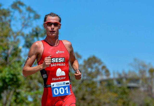 Reinaldo Colucci, triatleta do Sesi-SP representa o Brasil nos Jogos Pan-Americanos de Toronto. Foto: Divulgação/Fiesp