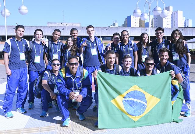 Competidores brasileiros da WorldSkills no Sesi de Osasco. Foto: Helcio Nagamine/Fiesp