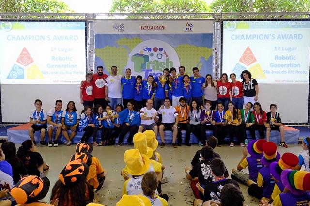 Sesi de São José do Rio Preto vence etapa estadual do 7º Torneio de Robótica