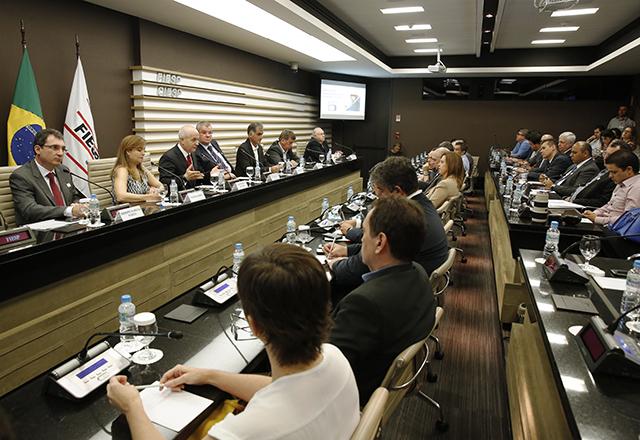 Reunião da Fiesp sobre o processo de desligamento do sinal analógico de TV. Foto: Ayrton Vigola/Fiesp