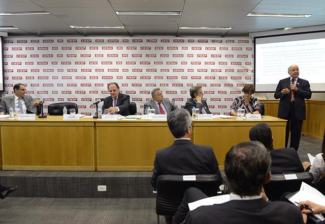 O ex-ministro Maílson da Nóbrega durante reunião do Cosag, da Fiesp. Foto: Helcio Nagamine/Fiesp