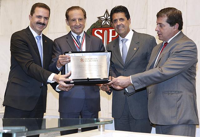 ASSEMBLEIA LEGISLATIVA DE SÃO PAULO RECONHECE CONTRIBUIÇÃO DE SKAF PARA O DESENVOLVIMENTO DO ESTADO