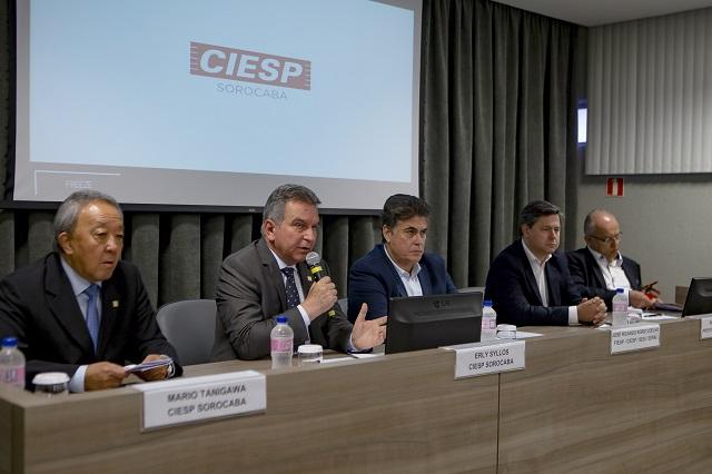 Roriz durante reunião plenária do Ciesp de Sorocaba. Foto: Kika Damasceno