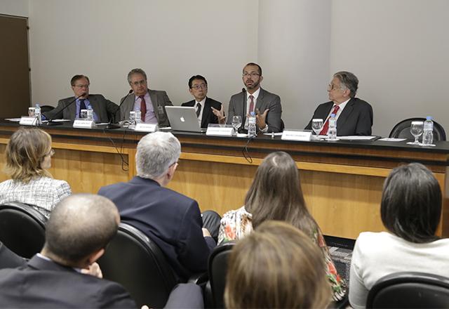 Mesa de debates na Fiesp sobre reparação de danos causados por condutas anticoncorrenciais. Foto: Helcio Nagamine/Fiesp
