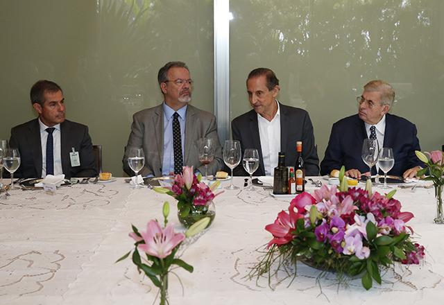 Ao lado de Skaf, Raul Jungmann participa de reunião na Fiesp. Foto: Ayrton Vignola/Fiesp